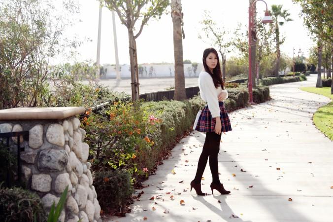 8590_Cozy_Sweater
