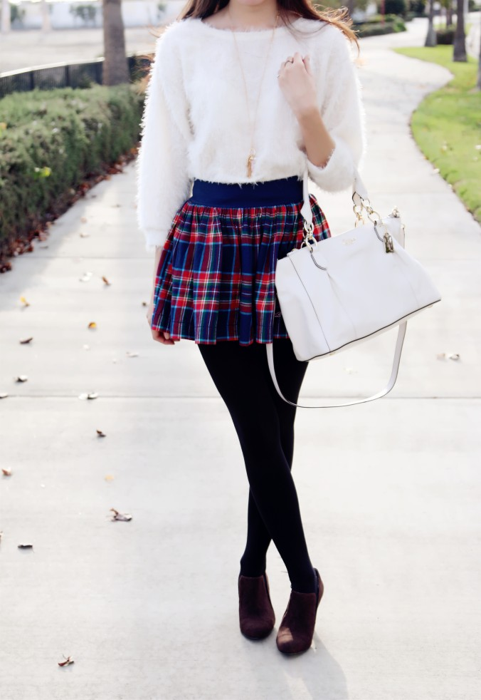 8622_Hollister_Plaid_Skirt