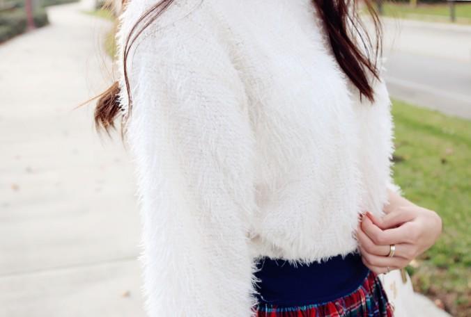 8632_Tobi_Eyelash_Sweater