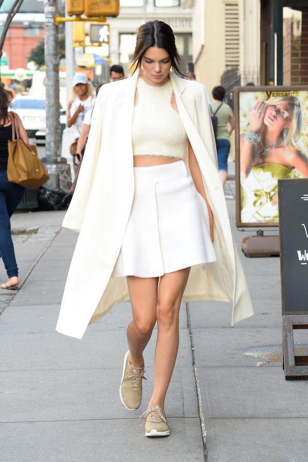 Kendall_Jenner_All_White_Skirt_Coat
