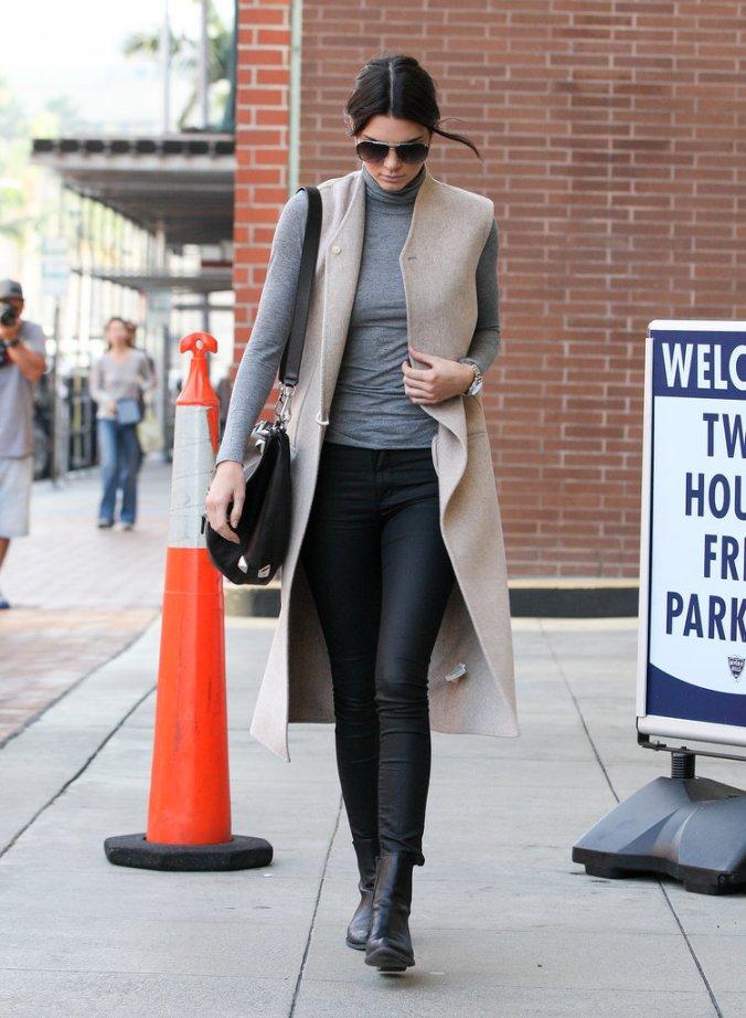 Kendall_Jenner_Long_Vest