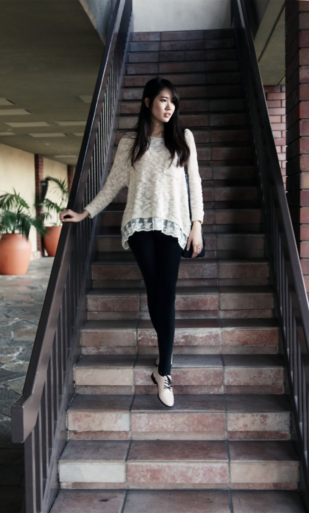 8862_Lace_Trim_Boho_Chic_Sweater