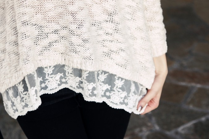 8864_Lace_Trim_Boho_Chic_Sweater