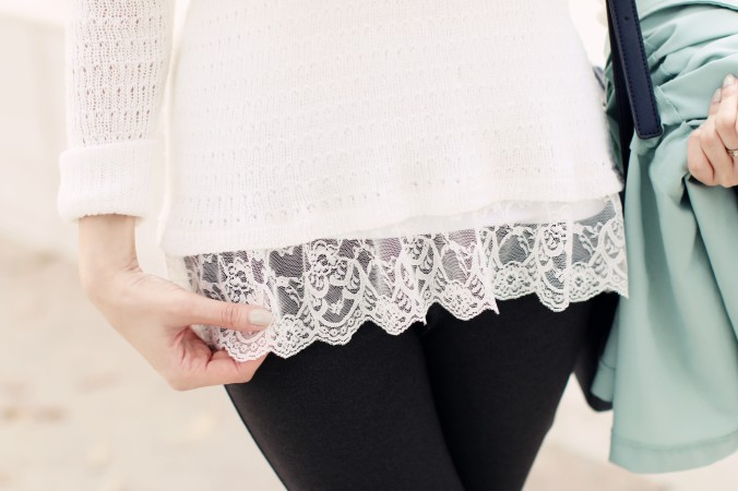 9050_Lace_Hem_Boho_Sweater