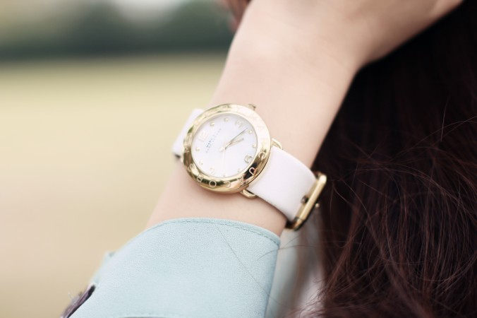 9053_Marc_Jacobs_Gold_Watch