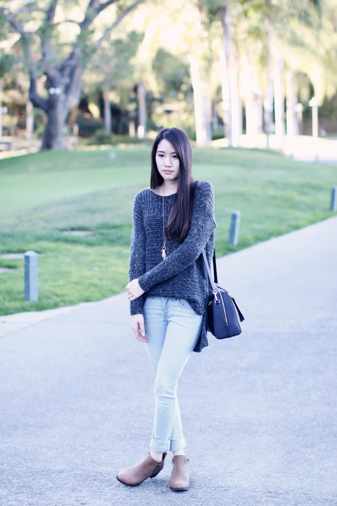9067-High-Low-Sweater-Jeans-Winter-Streetstyle