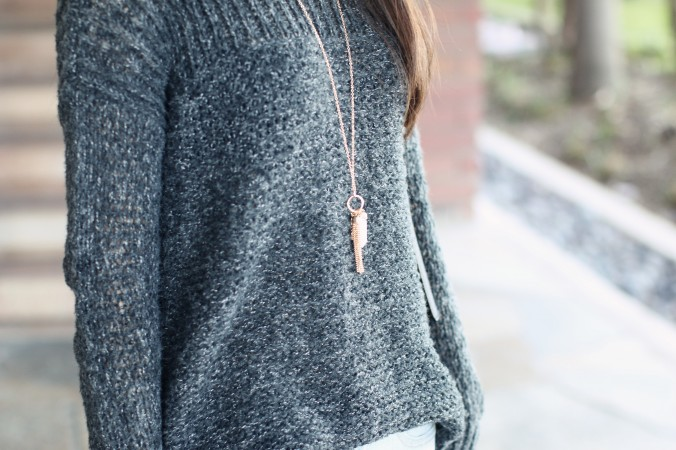 9100-High-Low-Sweater-Blogger-Style