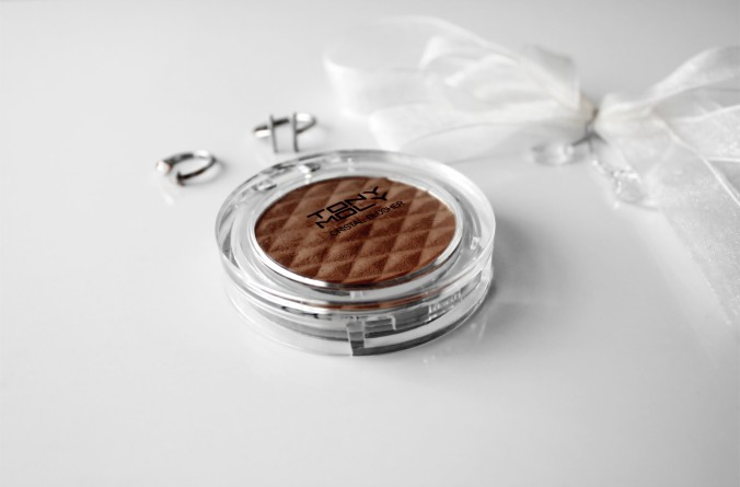 1693-tony-moly-crystal-blusher-contour-shade