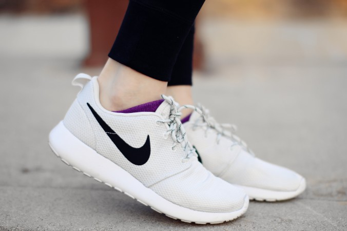 9313-Nike-Roshe-One